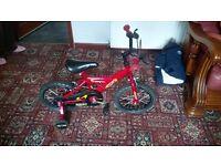 Boys bike £30 ono