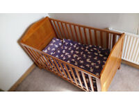 MotherCare Cot / Bed -- Great conidition -- Adjustable Height