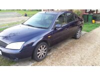 Ford mondeo zetec Spares or repairs starts and drives