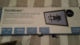 Sandstrom full motion tv mount for large TVs SFML16