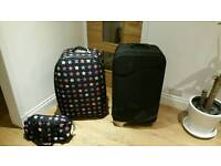 2 Suitcases and travel bag luggage suitcase suit case.