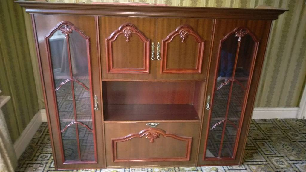 Solid Wood Display & drinks cabinet