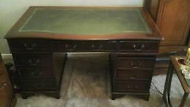 Writing Desk / Office Desk / Living Room Desk / Computer Desk