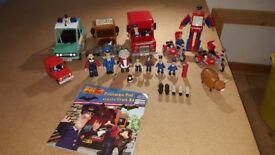 Postman Pat vehicle / figure bundle