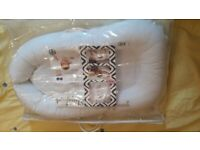 Sleepyhead Deluxe with plain white cover for 0-9 months