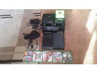 Xbox One Day One Edition Console & Kinect - Boxed + 5 Games + 2 Controllers