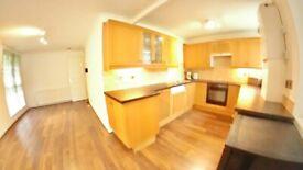 3b + 2wc/shower room Massive Open Plan Reception/Kitchen - Rusper Close, Stanmore, HA7