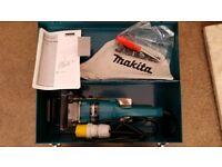 Makita concrete planner PC1100