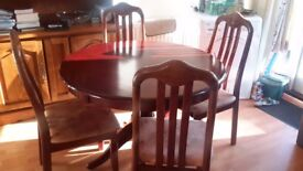 ROUND TABLE 102 CM 42 & 4 CHAIRS