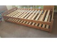Bed/guest bed
