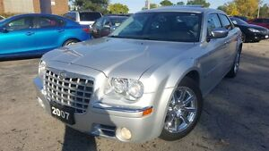 2007 Chrysler 300C HEMI! MINT! LOW KM!
