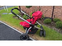 Package for baby: Pushchair and car seat (Maxi-cosi), bath and bath chair - One owner cash only.