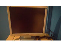 PC MONITOR PHILIPS 19