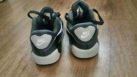 Air max 90 infant size 6.5 uk