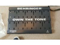BEHRINGER GUITAR EFFECTS PEDAL BOARD VGC