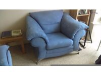 BIG 1/2 SOFA WIDTH, VERY STYLISH COMFORTABLE QUALITY CHAIR. GOOD CONDITION. BARGAIN ONLY £25
