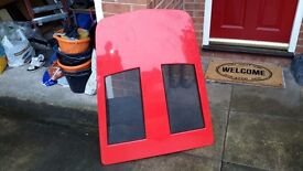 VAUXHALL VX 220 ENGIN COVER IN NEW CONDITION BRIGHT RED COULD DELIVER LOCALLY.