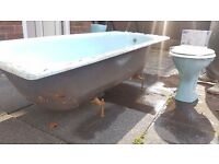 Cast Iron Bath - perfect for retro themed modern bathrooms.