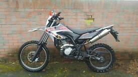 Yamaha wr125r 2010