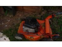 Husqvarna self propelled Petrol lawnmower briggs & stratton engine (spares / repairs)
