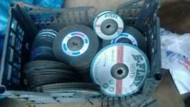 Assorted grinding discs