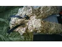 Pro Logic 2 piece suit size large fishing or hunting