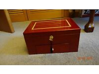 Watch Display Box with Drawer room for 20 Watches and Lockable