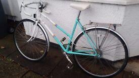 Raleigh Impulse Racing Bike - Stylish and Practical Everyday Machine