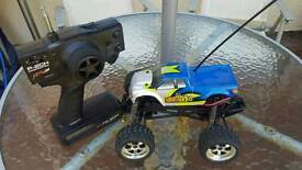 1:18 Scale Radio Controlled Truck