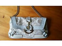 GENUINE GUESS BAG - NEW