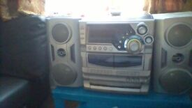 Goodmans hifi 3 cd double casette radio and recorder with remote