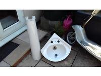 Corner sink & pedistal stand