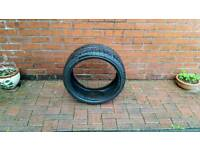 235 35 19 Avon tyre