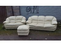 Cute cream leather 3 piece sofa suite, 3+2 + footstool. used. can deliver