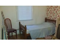 Double room to let Kingsholm - Furnished - All bills included - Communal room with TV - Wi Fi