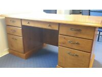 LARGE DESK IN VERY GOOD USED CONDITION SOME SIGNS OF USE FREE LOCAL DELIVERY AVAILABLE 07486933766