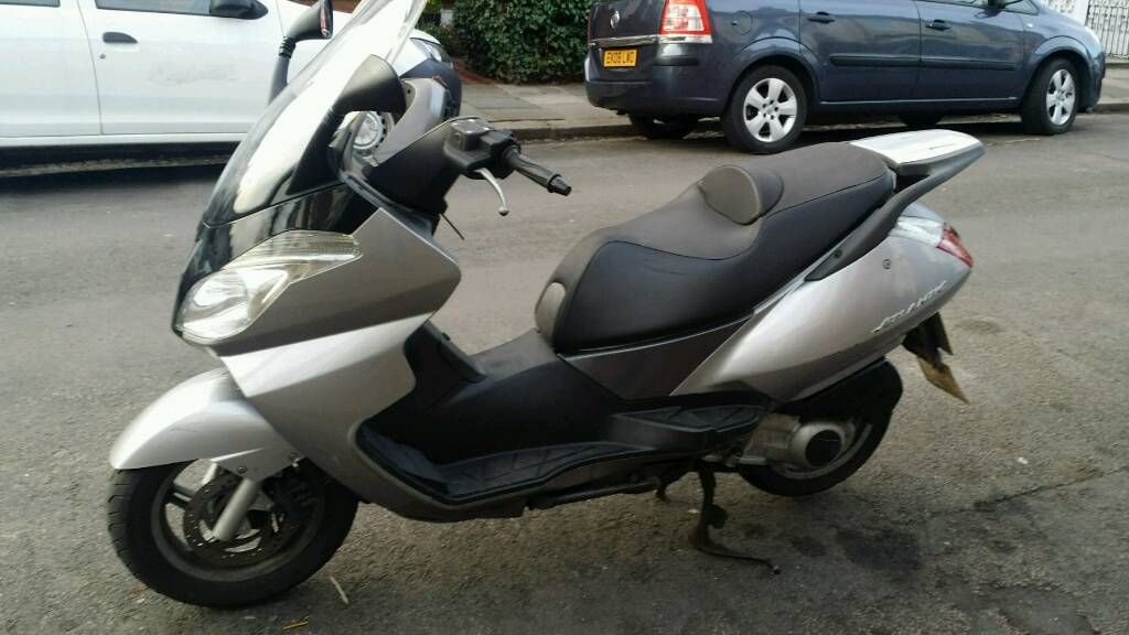aprilia atlantic 125cc 125 maxi scooter in north london london gumtree. Black Bedroom Furniture Sets. Home Design Ideas