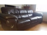3 + 2 SEATER SOFA EXCELLENT CONDITION****