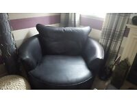 Corner sofa and cuddle chair excellent condition