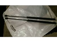 ***Vauxhall Astra g mk4 Sxi tailgate/boots struts forsale***
