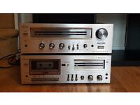 Vintage Toshiba Stereo Amp, spotless. Matching cassette player included