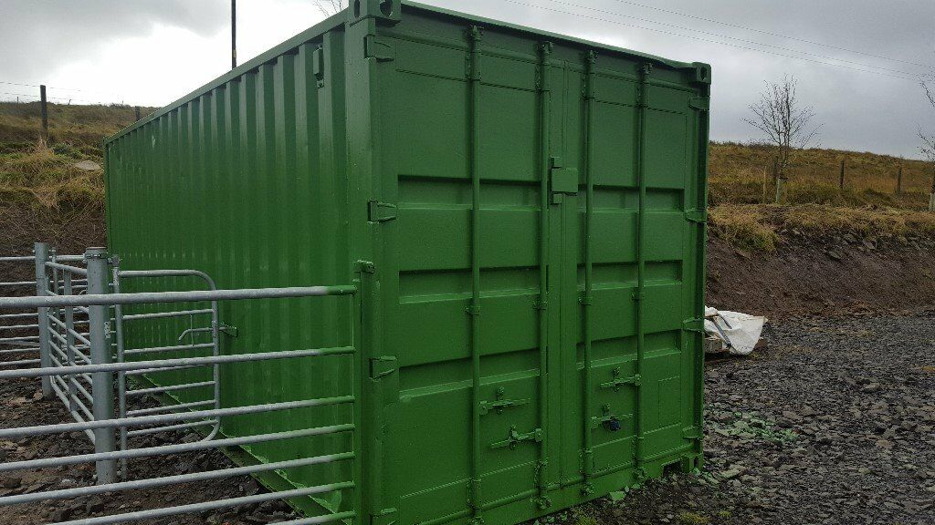 20ft Storage containers in good condition. Ideal for storage or an Office