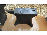 Antique anvil ( 2 available )