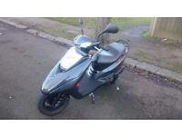 Yamaha Vity 125 one owner, full service history, new MOT, ready to ride!