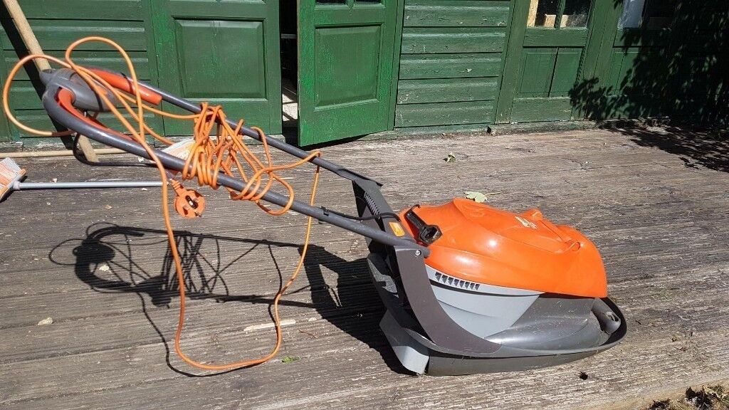 Flymo Easi Glide 300 Electric Hover Collect Lawn Mower, 1300 W   in  Headington, Oxfordshire   Gumtree