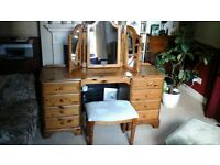 PINE DRESSING TABLE FOR SALE