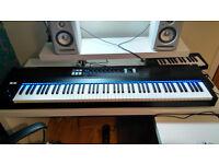 Native Instruments S88 midi keyboard