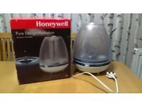 Honeywell Ultrasonic humidifier.