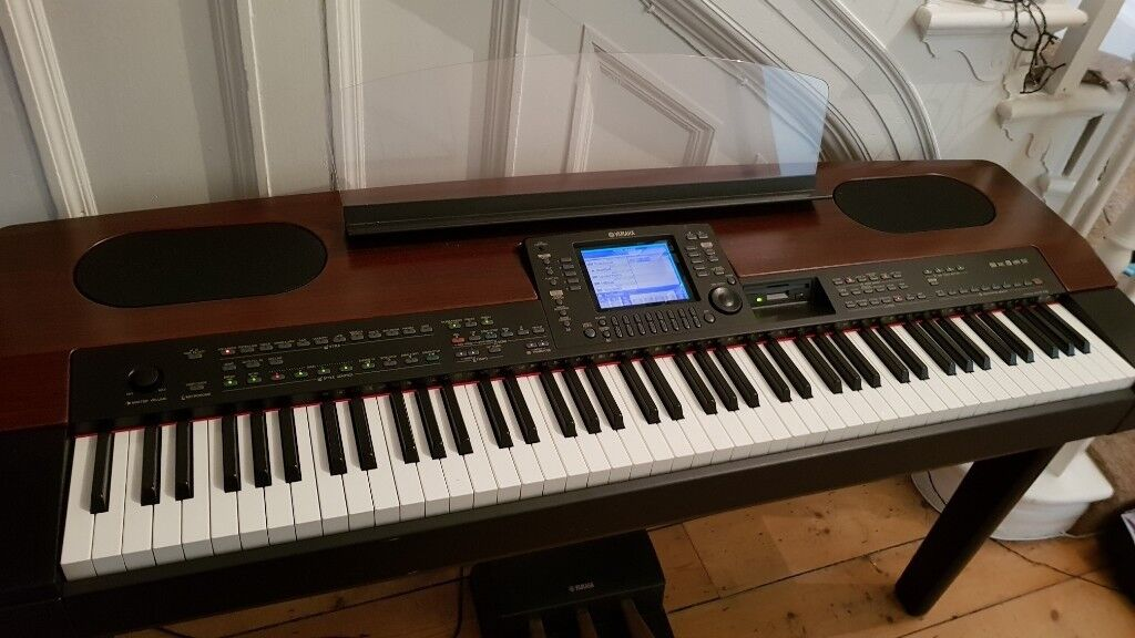 yamaha keyboard electronic piano with weighted keys and pedals pf 1000 in barnet london. Black Bedroom Furniture Sets. Home Design Ideas