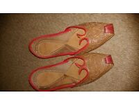 Brown with Gold Thread as New Khussa Flat Shoes size 5 Ladies LS8